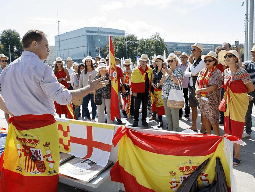 Activistas tabarneses en Bruselas.