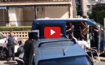 Varios manteros golpean y hacen huir a los Mossos d'Esquadra en Salou